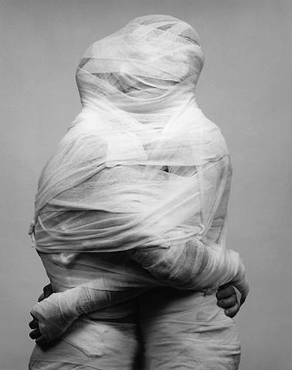 "Mapplethorpe, ""White Gauze"", 1984"