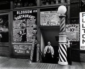 Berenice Abbott, Blossom Restaurant, NY (1935)