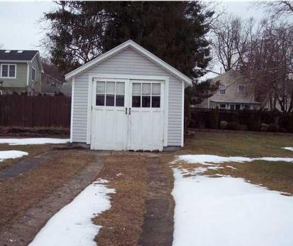 A summer bungalow garage